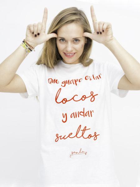 camiseta-de-manga-corta-que-guapo-estar-locos-y-andar-sueltos-letras-rojas